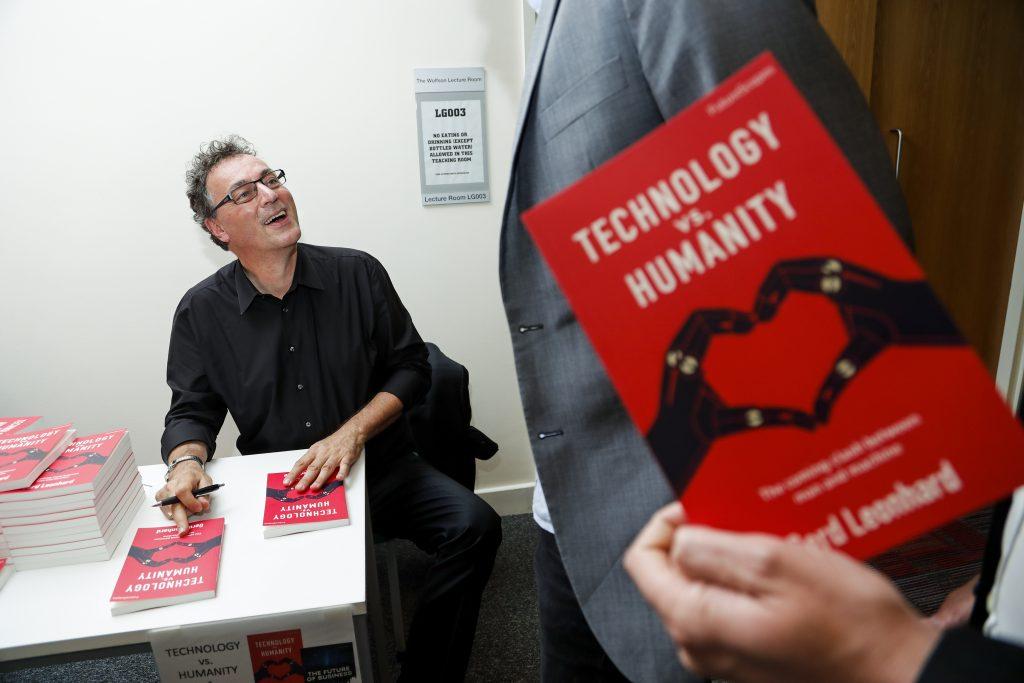 gerd-leonhard-signing-techvshuman-book-london-tvh